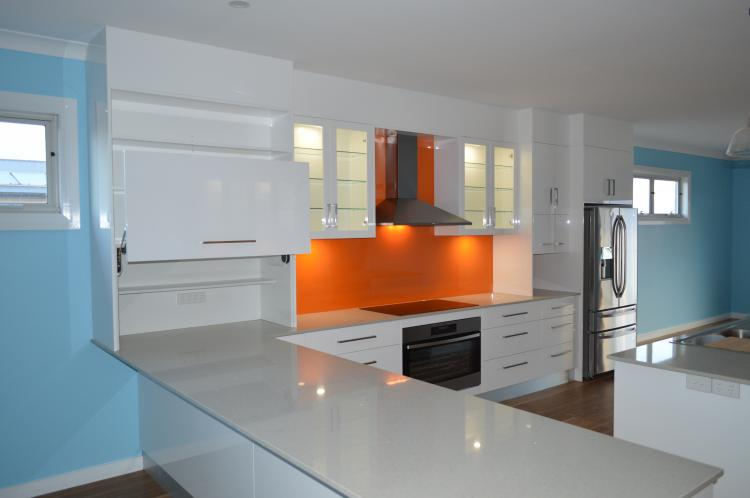Tangello Metallic splashback